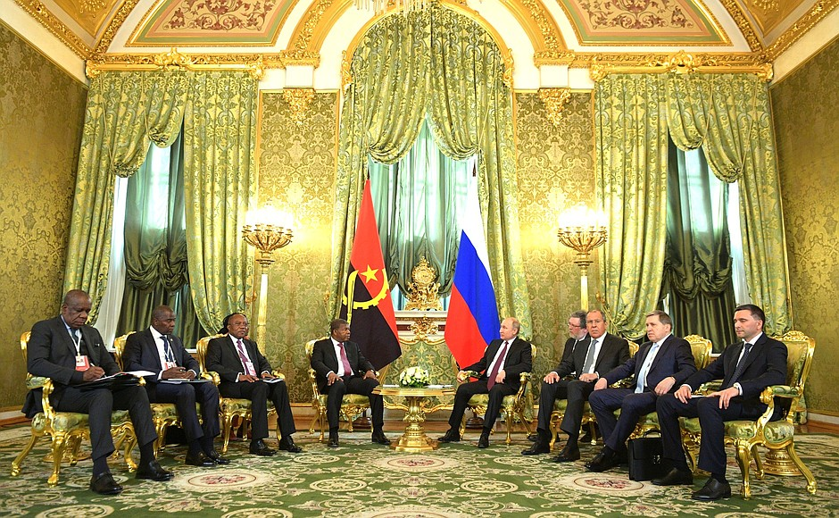 Vladimir Putin and Joao Lourenco signed bilateral documents